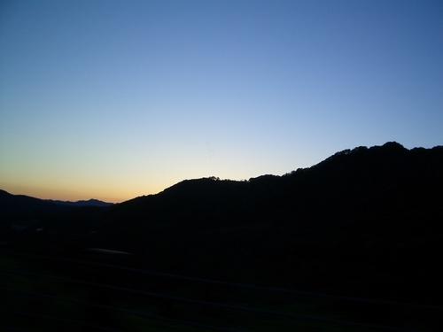 日が沈んできました。
